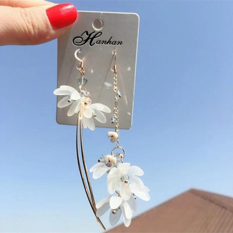 Fashion asymmetric flower literary earrings for Korean Minimalist Women Earrings Jewelry Accessories wholesale