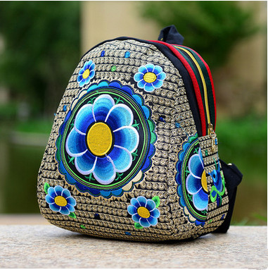 2017 New Women s Embroidered Backpacks Hot floral embroidered Small Backpack Top Fashion Children gifts Vintage