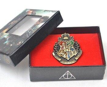 Брошка факультетов в подарочной коробке Гарри поттер