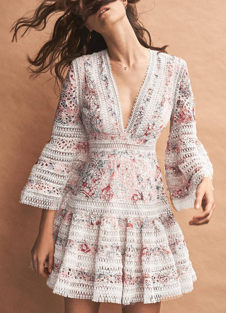 SeeOrange Vaction Bohemian Women Summer Dress 2018 Deep V Neck Handmade Florals Embroidery Beach Dress Flare Sleeve SO7777