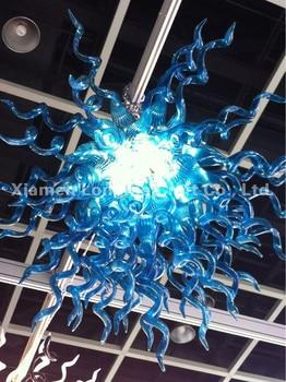 Novo Design moderno Lustre de Soluções Internacionais LEVOU Fonte de Luz Azul Estilo Europeu Mão Lustre De Vidro Soprado