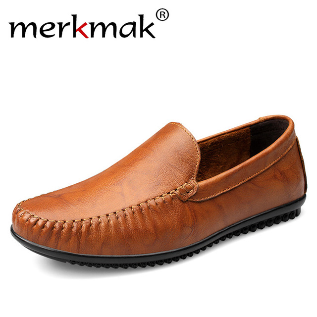 Handmade Men Flats Shoes Plus Size Loafers Moccasins Genuine Leather Mens Casual Driving Shoes Soft Breathable Comfortable Flats