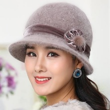 Heißer Verkauf Winter Frauen Strick Floral Skullies Super Weiche Wollmischung Kaninchen Pelzmütze Warme Mützen Weiblich Baggy Headwear Cap