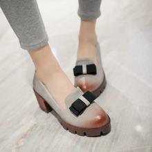 2016 Fashion Bowtie Charm Women Pumps Patch color Summer Pumps Square Med Heels Platform Shoes Woman Outside Casual Women Shoes