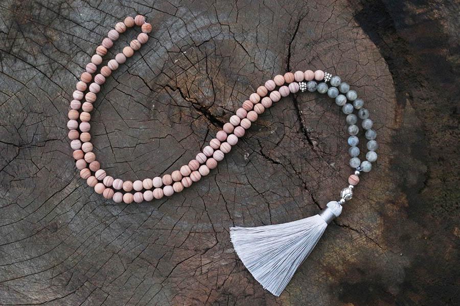 108 Beads Mala Kyanite Pendant Mala Yoga Gift Yoga Jewelry Meditation Gift Mala Labradorite Mala Yoga Necklace