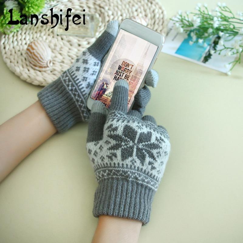 2017 New Knitting Gloves For Women Snow Pattern Thickened Velvet