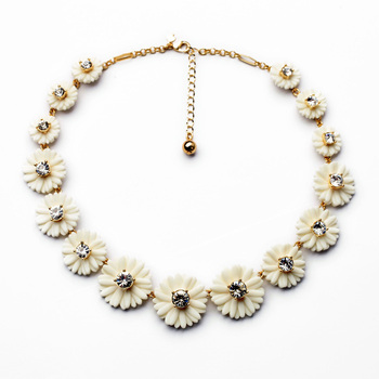 Costume Jewelry For Girl Wholesale New Arrival  Fresh Elegant Retro All-match Lady Flower Necklace