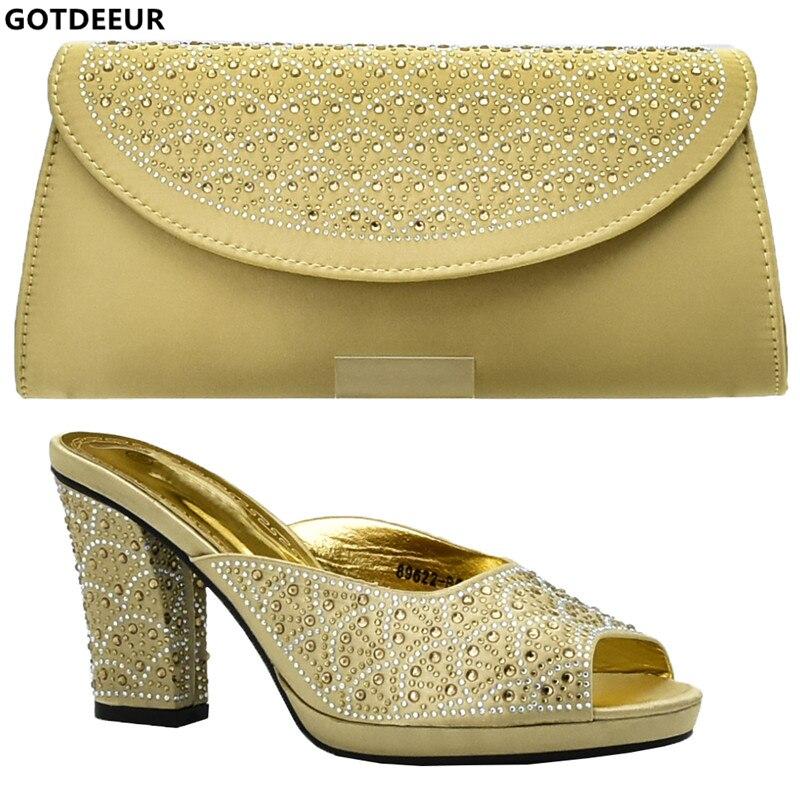 Mujer Italia púrpura Nigerianas Bolso Bolsa Con Nueva De Negro rojo Imitación Y Boda Las Decorado Zapatos Diamantes sliver Negro Mujeres Llegada Tacones oro En tqSBS0w