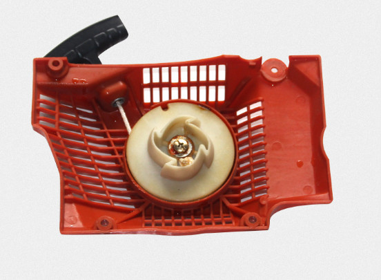 цена на Plastic Chainsaw Rewind Recoil Starter Cover Assembly For Husqvarna 362 365 371 372 372XP Chainsaw 503 62 82-02