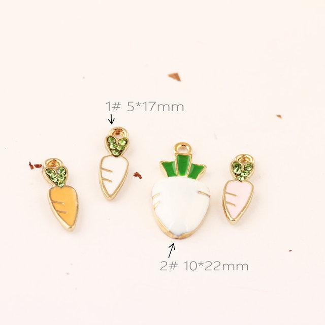 Nueva Llegada 40 UNIDS DIY Resultados de La Joyería Kawaii Verduras Zanahoria Colgante Encantos Dorado Esmalte Gota de Aceite Pulsera Encanto Flotante