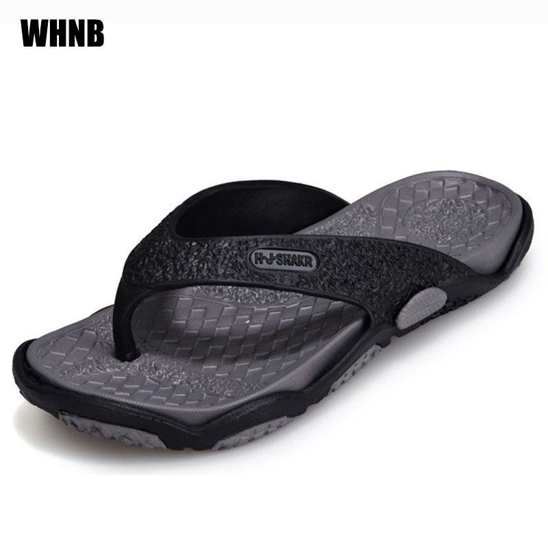 Summer Men Slippers New Fashion Breathable Men Casual Flip-flops Outdoor Lightweight Slip Large Size Men Beach Shoes Size 39-45
