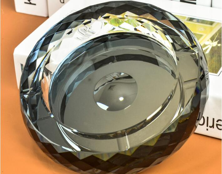 15 см круглая Хрустальная пепельница Европа Тип пепельница - Цвет: Черный