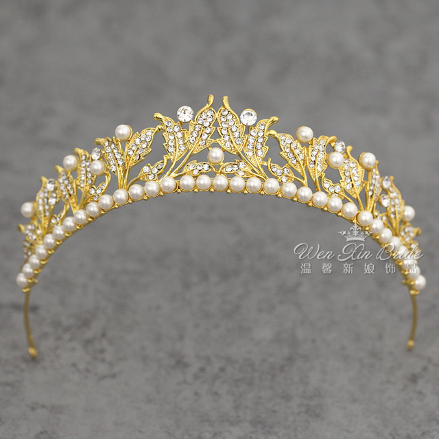 Shining Princess Hair Accessories New Golden Metal with White Pearls Wedding Party Leaves and Flowers Tiaras Head Piece