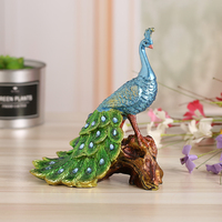 European Style Creative Design Wedding Gifts Peacock Ornaments Resin Crafts Home Decorations Elegant Bar Birthday Gift