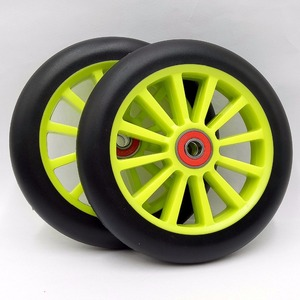 Dureza alta 87a do plutônio da elasticidade das rodas 125mm dos patins de rolo inline de 6 pces com 608 ABEC-11 rolamentos