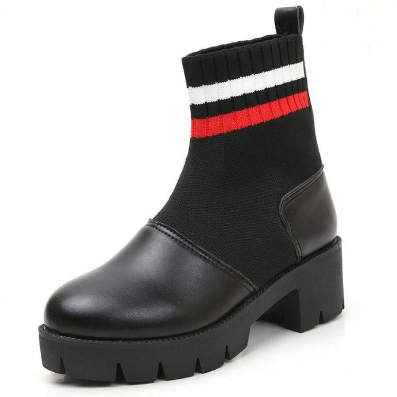 Xiaying ابتسامة جديد أزياء النساء الربيع الشتاء الأحذية البريطانية نمط الجوارب تقسيم الجلود مربع كعب أحذية منصة للنساء-في أحذية منتصف ربلة الساق من أحذية على  مجموعة 2