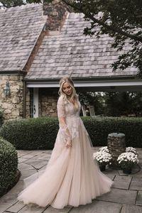 Image 2 - Платье Свадебное ТРАПЕЦИЕВИДНОЕ с V образным вырезом, мягкое Тюлевое с длинными рукавами, кружевной аппликацией, с поясом с бусинами, с открытой спиной и шлейфом, свадебное платье