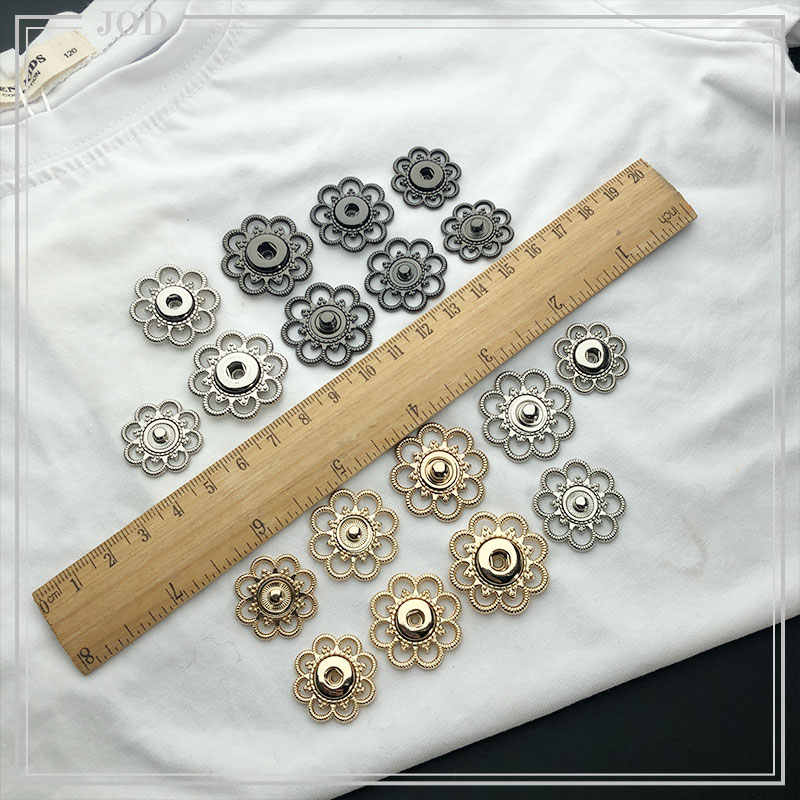 Size: 21mm 25mm 28mm Vintage Hollow Out Snap Buttons Sewing Snap Fastener  Plating Metal Invisible Snap for Garment Gold Silver