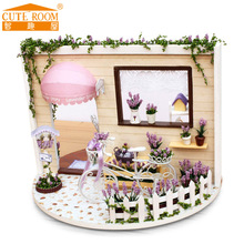 2016 New Miniatura Home Decoration Crafts Diy Doll House Wooden Houses Miniature Dollhouse Furniture Kit Room Led Lights Gift I1