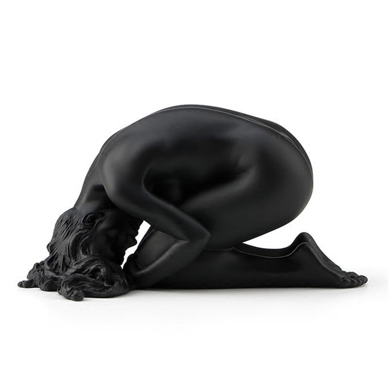 Main gravure œuvre contemporaine femme nue Art créatif résine décoration Sculpture décoration meubles de maison L3150
