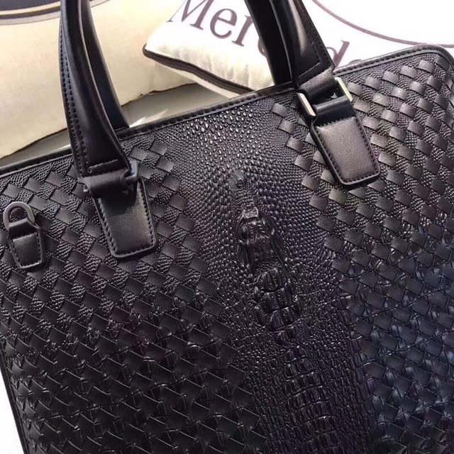 8f7508eb876b Kaisiludi leather crocodile braid men's bag handbag shell leather briefcase  computer bag business postman bag