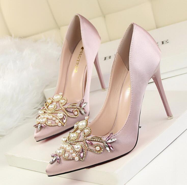 Women Pumps High Heel 2017 Bridal White Wedding Shoes Rhinestone Crystal Shallow Fashion Faux Silk Satin Stiletto fashion white elegant stiletto heel toe with rhinestone wedding bridal shoes platforms comfortable pumps round toes