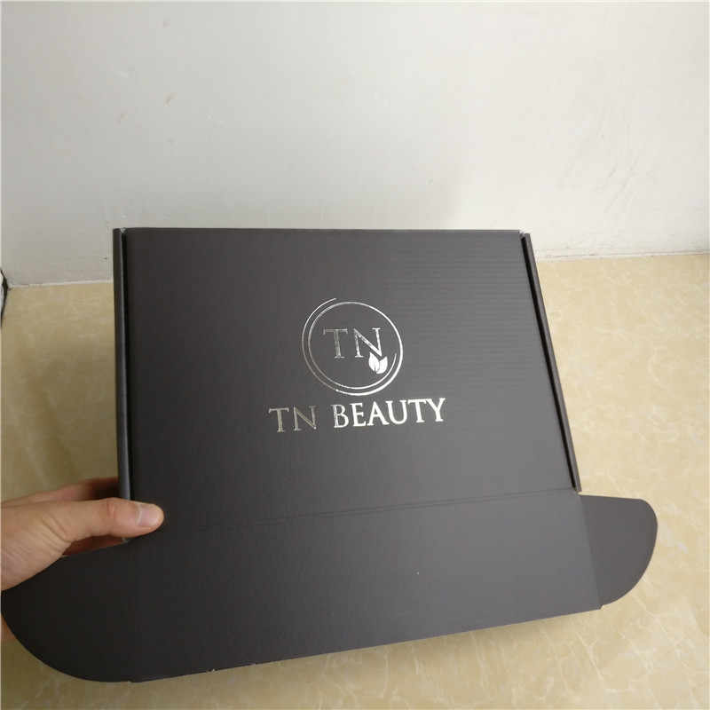 Manufacture Customized Recycled Luxury Black Corrugated Cardboard shipping  mailer box Hot stamping Silver Foil logo Clothing Box