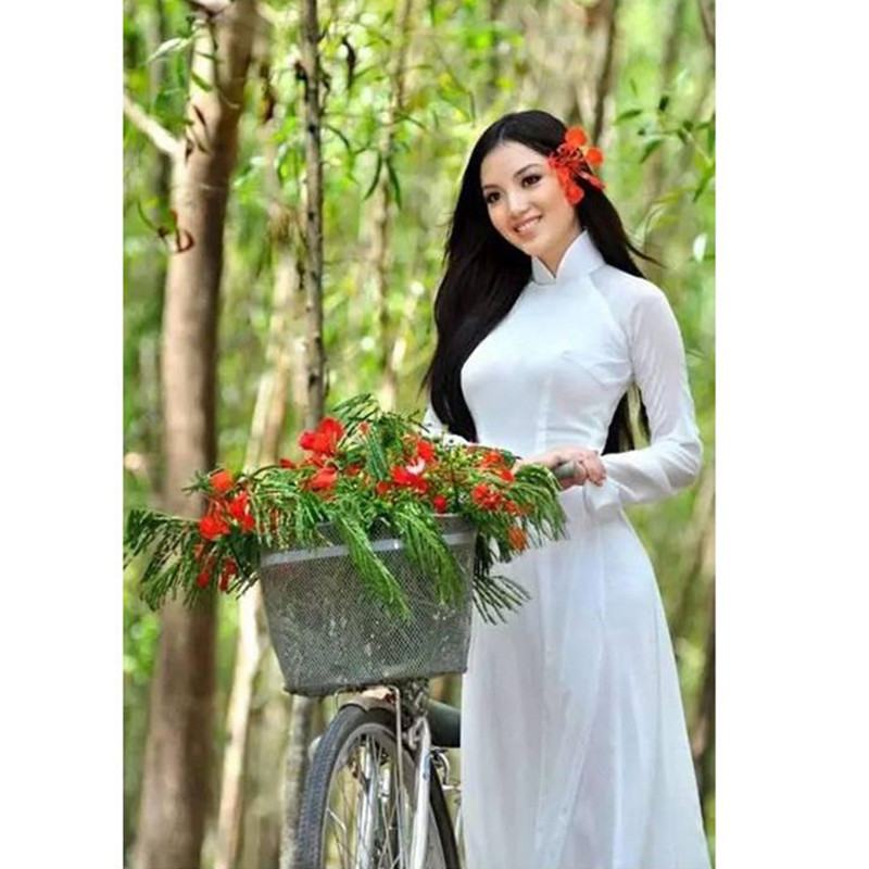 white woman aodai Vietnam traditional clothing Ao dai Vietnam robes and pants Vietnam costumes Improved cheongsam Ethnic style