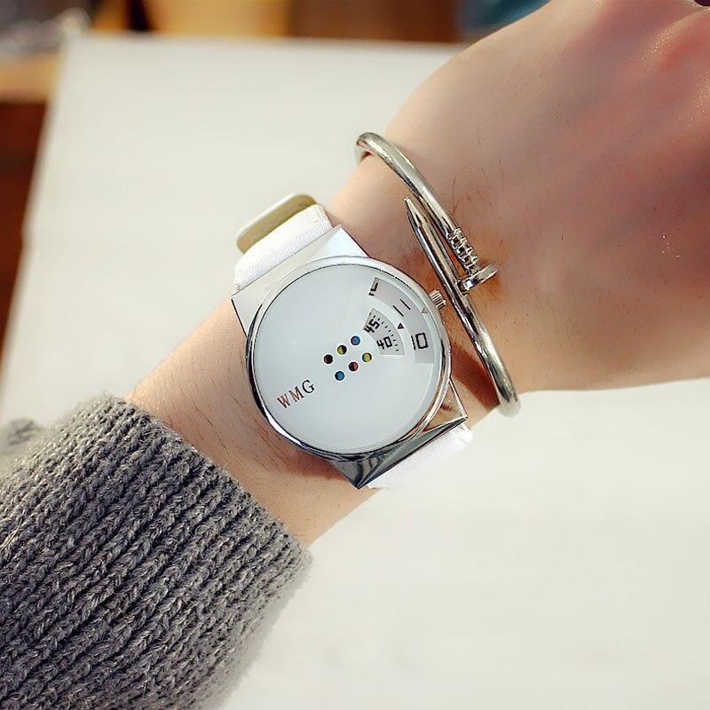 אישיות יצירתיות אישה של שעונים חייב שיהיה אופנה צבעוני פטיפון שולחן תלמיד לבן-צווארון האהוב שעון לנשים