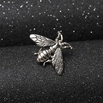 2 stücke Kreative Retro kleine Bienen Abzeichen Mode Pin Brosche für T Hemd Anzug Kragen Mantel Hut Schuhe Trendy Zubehör