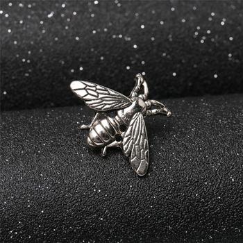 2 sztuk kreatywny Retro małe pszczoły modne odznaki broszka dla T strój z koszulką kołnierz na płaszcz kapelusz buty modne akcesoria tanie i dobre opinie Niklu Ze stopu cynku DoreenBeads Poszycia Przycisk na Metal NONE AE034225 AE034226