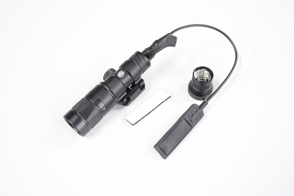 TACTICAL-SKY Airsoft M300V Mini Scout Weaponlight BK