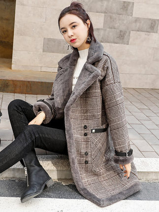 Excessive High quality Model Elegant Plaid Wool Mix Coat Spring Winter Coat Overcoat Ladies Patchwork Coated Heat Woolen Coat