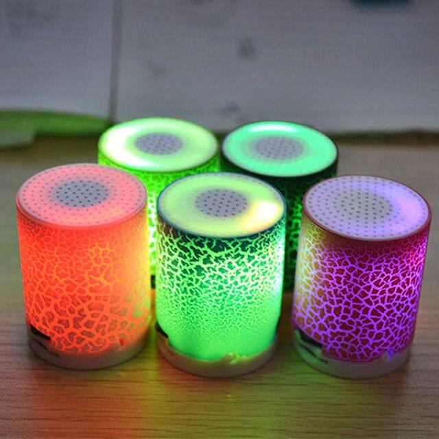 Música Estéreo portátil Mini Speaker Sem Fio Inteligente LED Luminoso SD998 Alto-falantes Com Slot Para Cartão TF