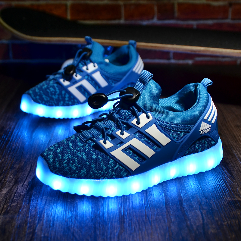 New Boys Girls Luminous LED Light Up Sport Shoes JUNIOR Kids Lace  up Sneakers