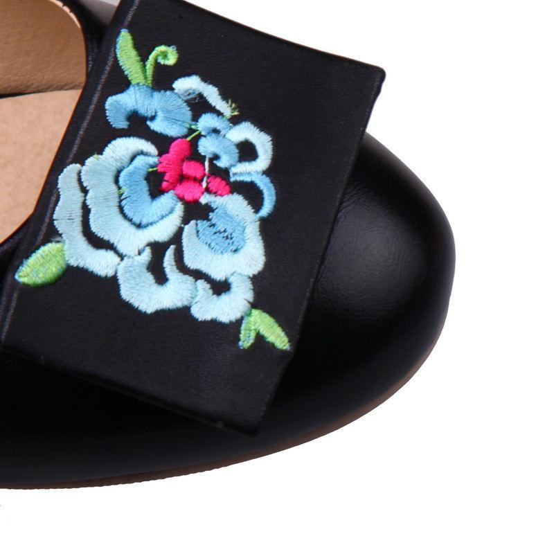 Femme 43 bleu Sur Bas Femmes Karinluna Broder Doux sur Taille Vente Printemps blanc Noir Automne Slip Chaussures Talons rose Ballerines 34 Grande AxpSPqgwx