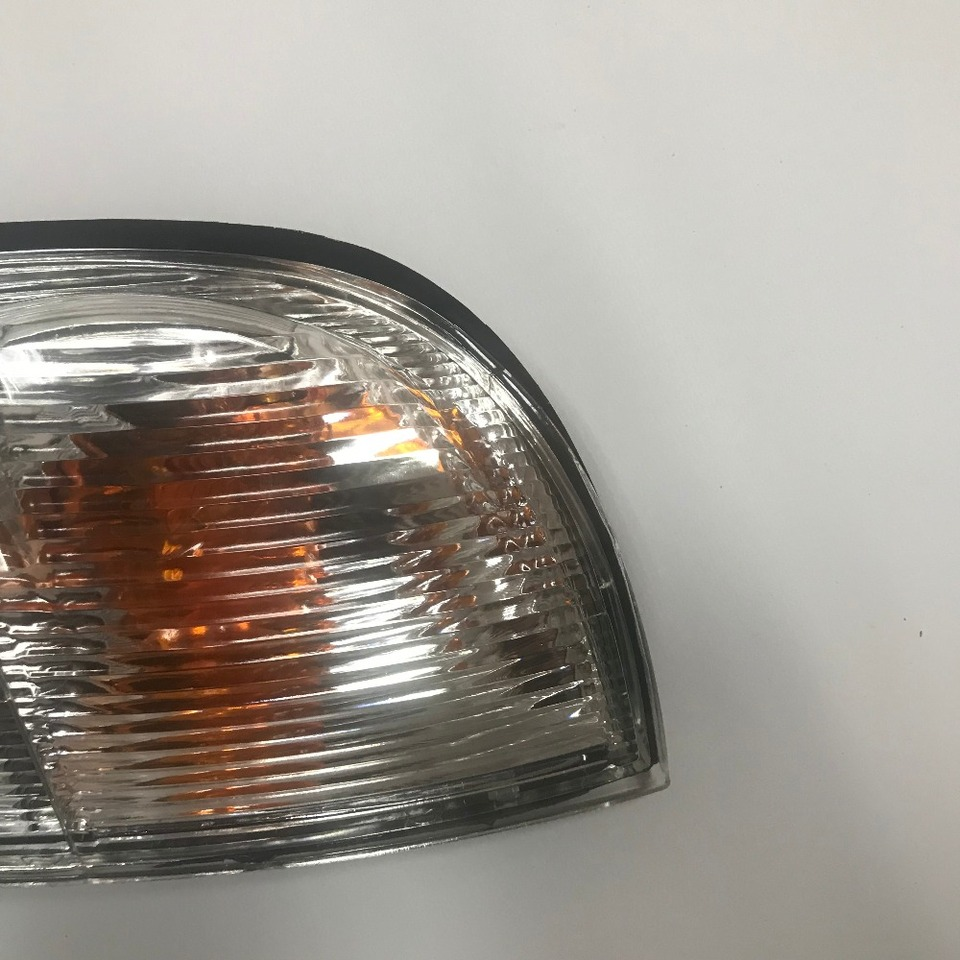 SIDE MARKER LAMP TURN SIGNAL LIGHT CLEAR FOR NISSAN NAVARA D22 PICKUP 1998-04