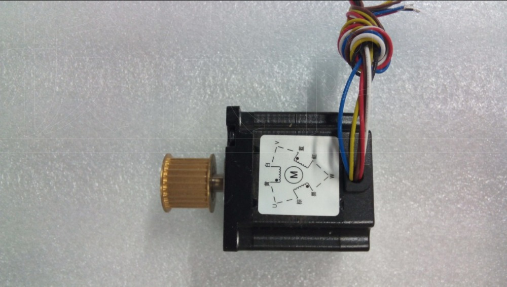 цена на New Leadshine 3-phase stepper motor NEMA 23 output 1.5NM with gearwheel 573S15-L 6 wire should work with 3ND583 drive CNC motor