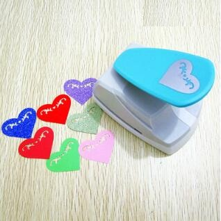 Free Shipping 4.2cm Heart 3D Shape Board Puncher Paper Cutter Greeting Card Scrapbooking Machine Handmade
