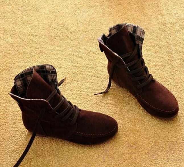 Sonbahar Yeni Kadın bayan Botları düz çizmeler yarım çizmeler Kadınlar Için Roma Öğrenci Artı Sizes35-43buttons Dekoratif Ayakkabı