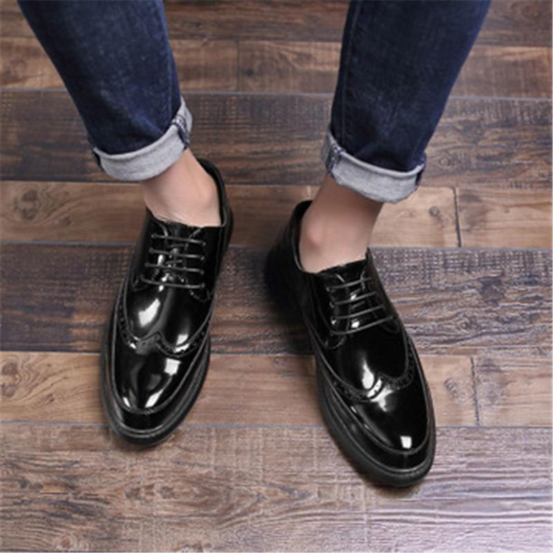 Style coréen chaussures plates pour homme mode noir chaussures décontractées en cuir verni à lacets Oxford chaussures hommes d'affaires en cuir chaussures 02A