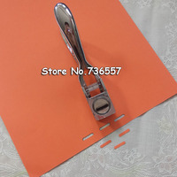 Free shipping Manual Silver ID Card Metal Hand Slot Puncher Photo Badge Hole Punch PVC Tag Office Pliers 13x3mm