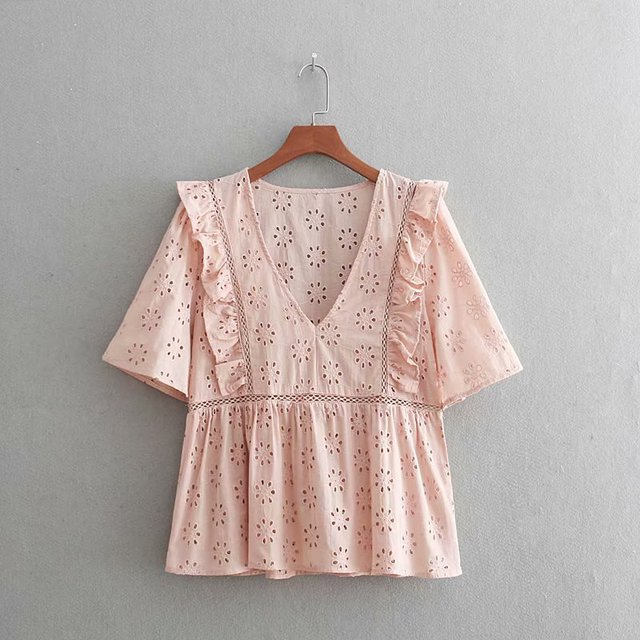 a3abf893344 2018 women vintage v neck lace patchwork hollow out embroidery kimono blouses  shirt chic ruffles femininas blusas tops LS2492