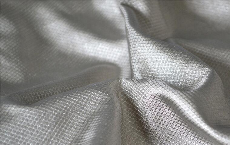 four square meters Silver fiber diamond electroconductive cloth Electromagnetic shielding fabric radiation protection item