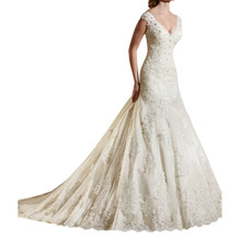 Vintage 2017 Wedding Dresses Off the Shoulder Lace Appliques V Neck Bridal Gowns Dubai Tulle Corset Vestido de Novia