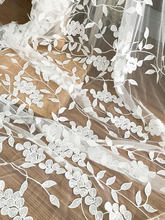 130cm wide one yard quality 3D soft tulle lace fabric with vivid leaf embroidery , bridal wedding gown haute couture lace