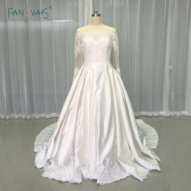 Vintage Brautkleider 2017 Langarm Luxus Perlen Spitze Ballkleid ...
