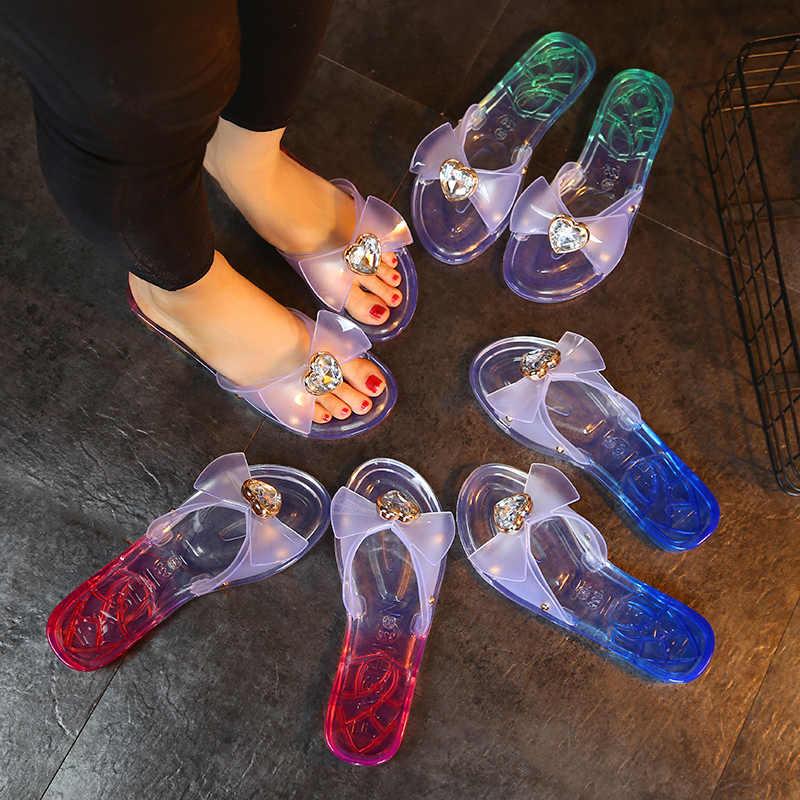 Mulheres Verão Borboleta-nó De Cristal Plana Chinelos Senhora Gradiente de Cor Bowknot Abrir Dedo Do Pé Sexy Sapatos Sandálias Da Geléia 19