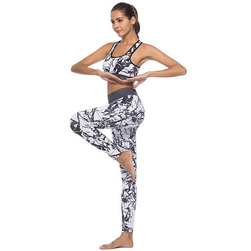 c8b887d248ee0 Black White Floral Printed Women Yoga Set Splice Running Set Bra ...