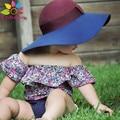 Enbaba embroma la ropa del verano 2016 de la marca de moda Cuello de la ropa Del recién nacido bebé estampado de flores t-shirt + shorts 2 unids trajes